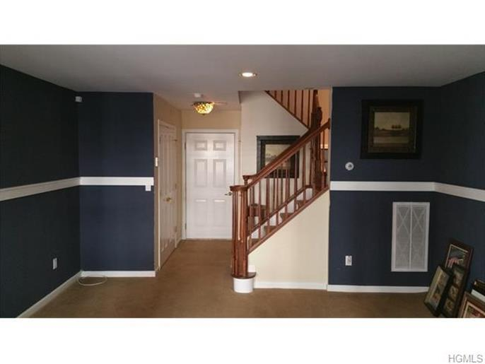 28 Bridge Lane, Haverstraw, NY, 10927: Photo 3