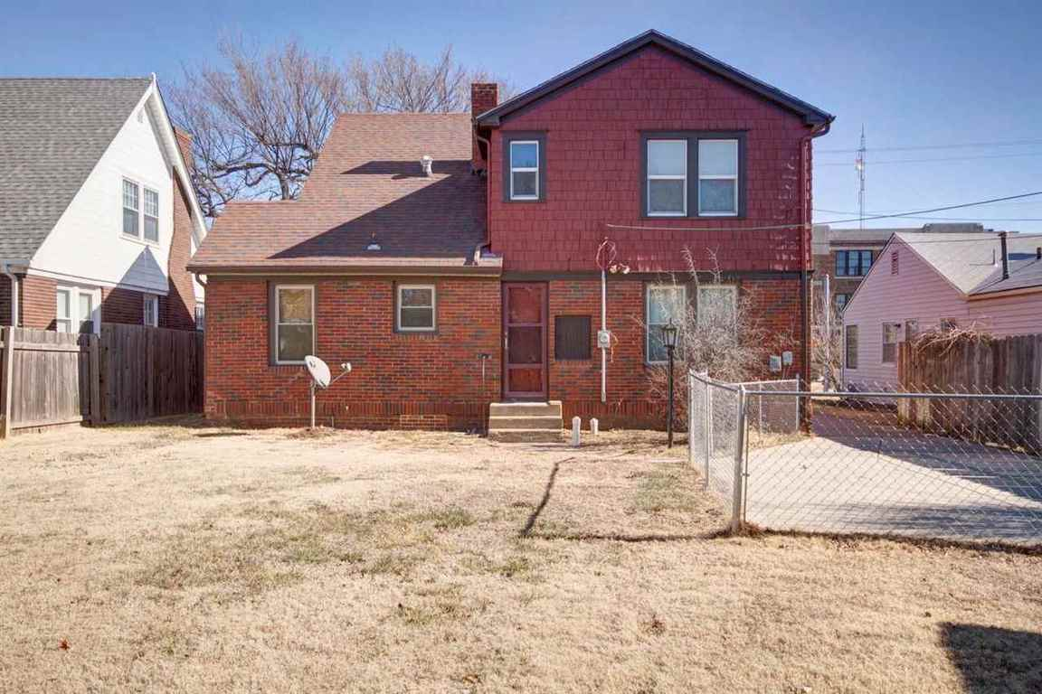 353 N Oliver Wichita Ks 67208 For Sale