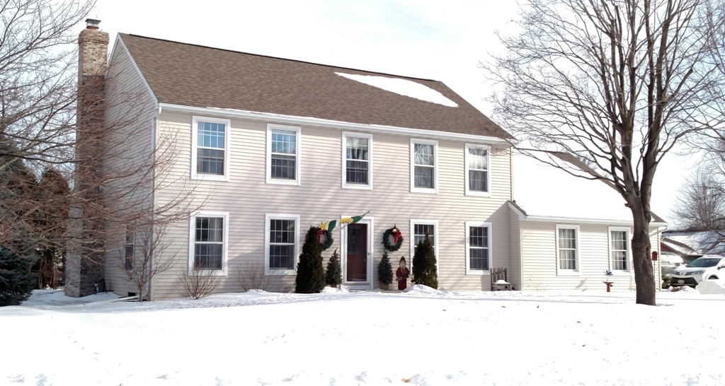 16 Spring Meadow Ct Appleton Wi 54914 For Sale