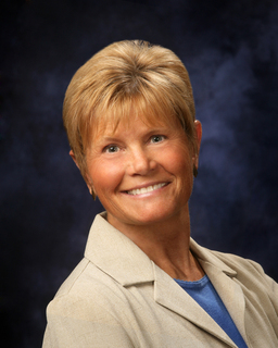 Agent: Gwen Hall, TRAVERSE CITY, MI