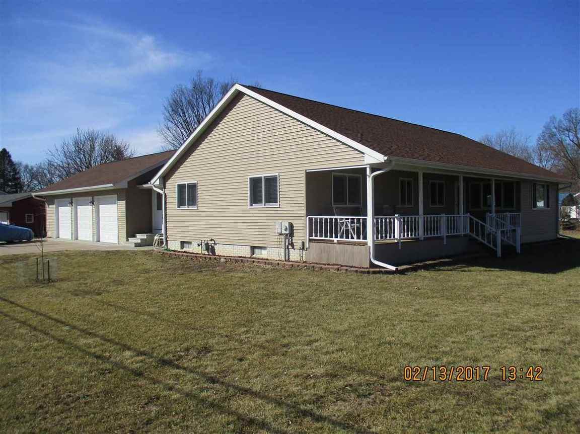 702 2nd street camanche ia for sale 220 000 for Iowa home builders