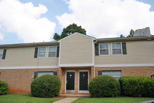The Oaks At Stonecrest Apartments and Townhomes, Lithonia, GA, 30058: Photo 9