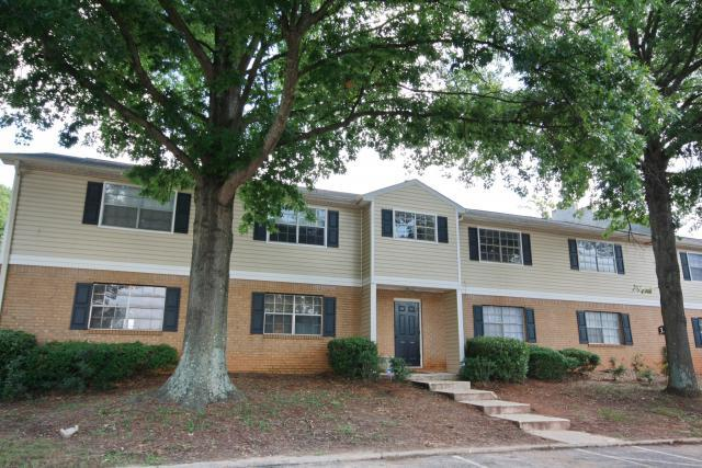 The Oaks At Stonecrest Apartments and Townhomes, Lithonia, GA, 30058: Photo 10