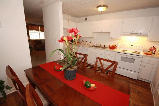 The Oaks At Stonecrest Apartments and Townhomes, Lithonia, GA, 30058: Photo 13