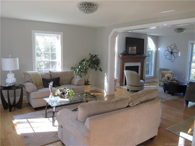 287 Chesterfield Rd, East Lyme, CT, 06333: Photo 5