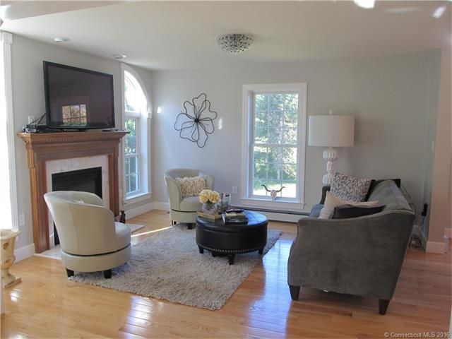 287 Chesterfield Rd, East Lyme, CT, 06333: Photo 6