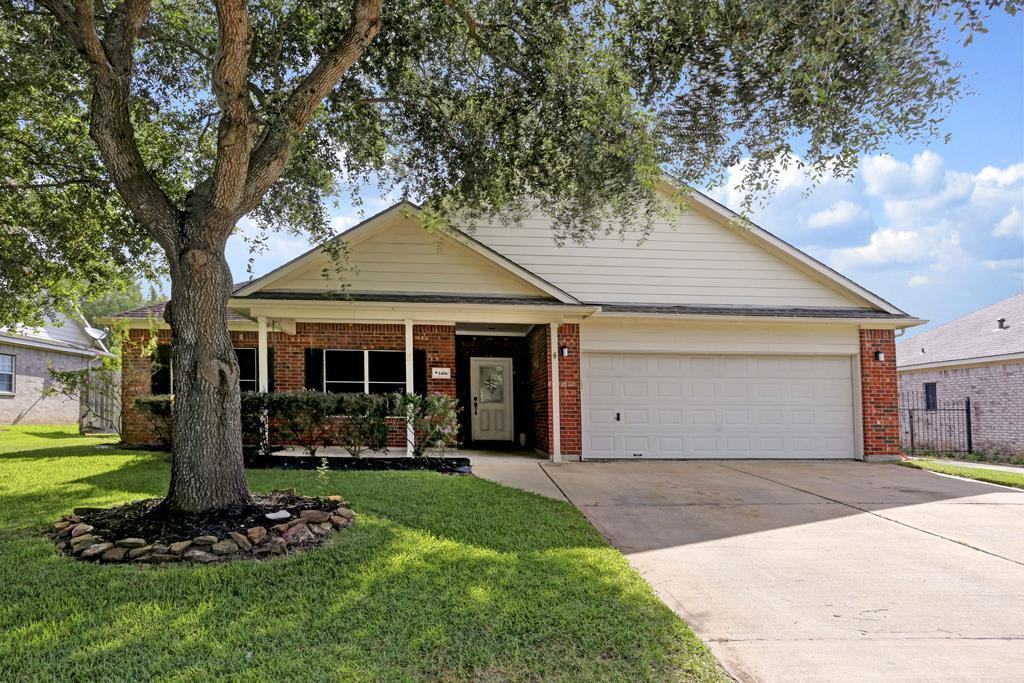 1406 mockingbird bend sealy tx 77474 for sale