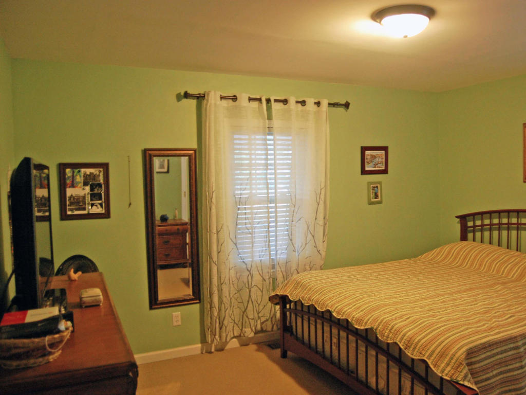 2188 Parkway, Charleston, SC, 29412 -- Homes For Sale
