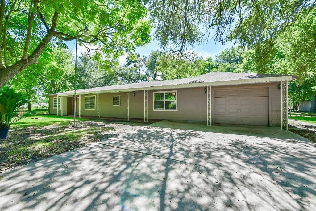 2249 county road 144 alvin tx 77511 for sale