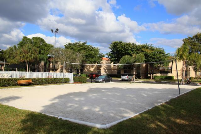 Jacaranda Village Apartments Plantation Fl