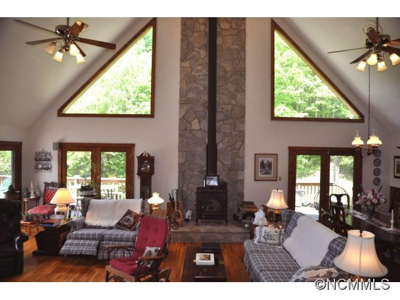905 Beasley Cove Rd., Hot Springs, NC, 28743: Photo 6