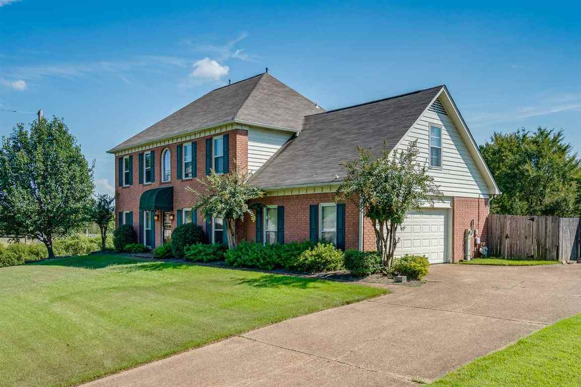 427 Nolley Collierville, TN For Sale: $258,000  Homes.com