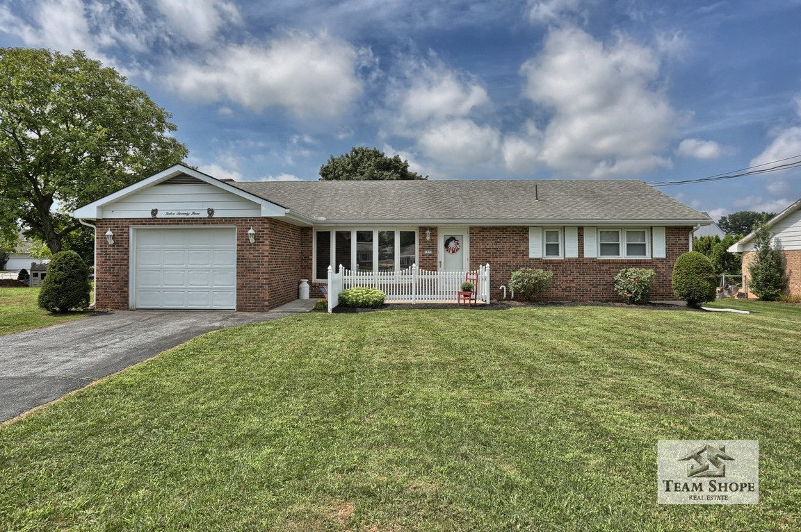 1273 s forge palmyra pa 17078 for sale