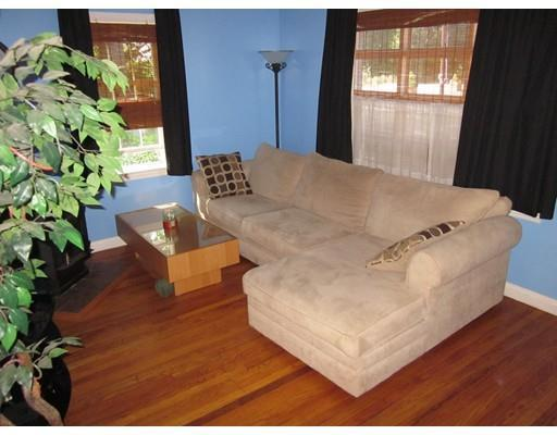 371 Pleasant St, Leicester, MA, 01524: Photo 4