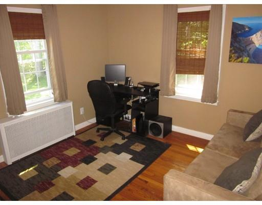 371 Pleasant St, Leicester, MA, 01524: Photo 13