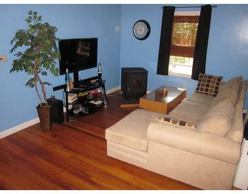 371 Pleasant St, Leicester, MA, 01524: Photo 15