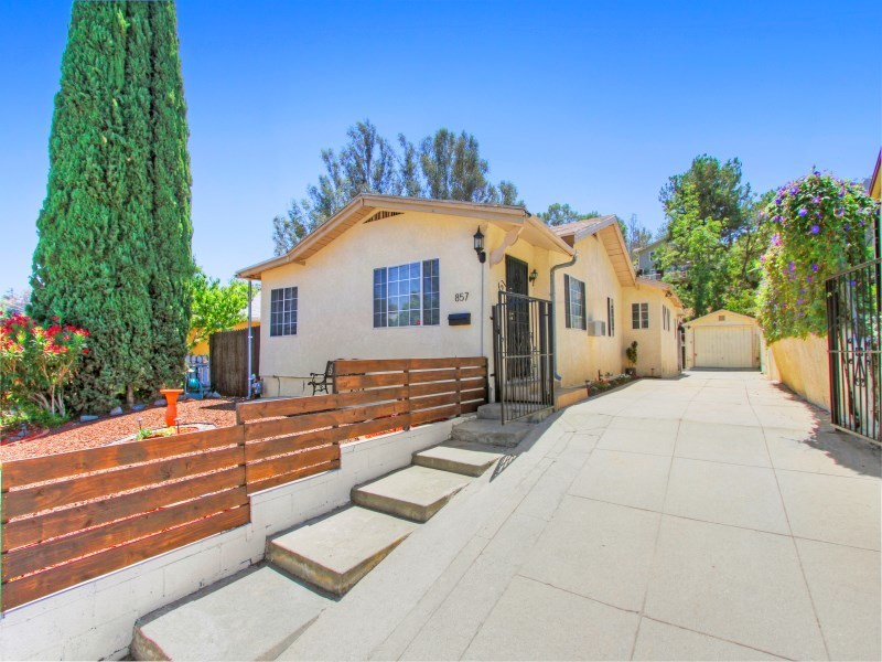 857 el paso drive los angeles ca 90042 for sale for Los angeles ca homes for sale