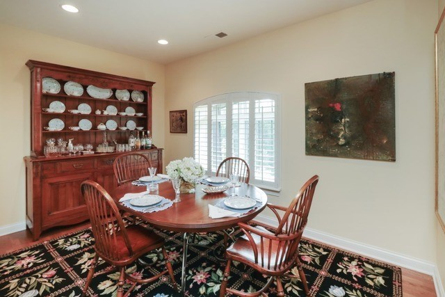 1800 Amberley Court 402, Lake Forest, IL, 60045: Photo 7
