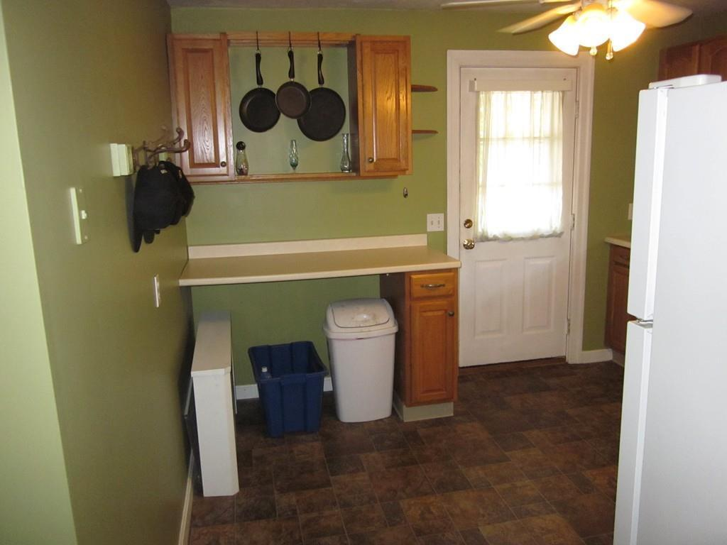 371 Pleasant St, Leicester, MA, 01524: Photo 10