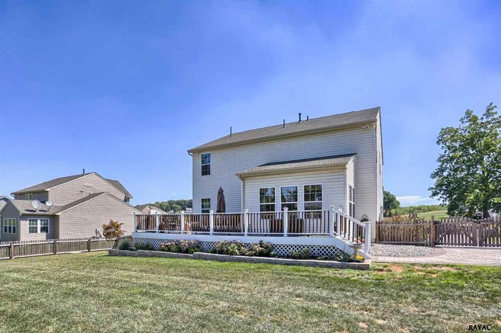 3043 s king richards court york pa 17408 for sale