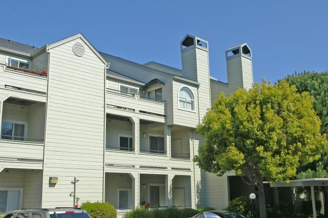 CreekView Condominiums, El Sobrante, CA, 94803: Photo 2