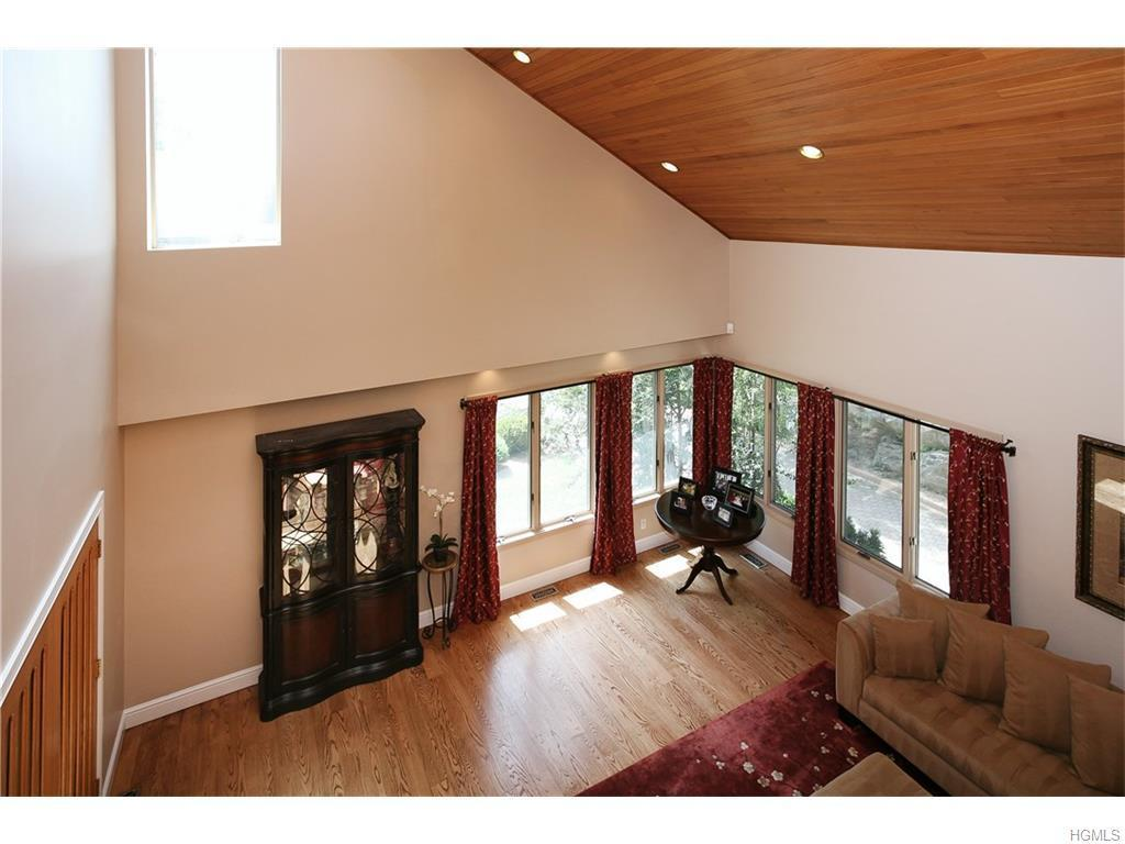 8 Audrey Lane, White Plains, NY, 10605: Photo 5