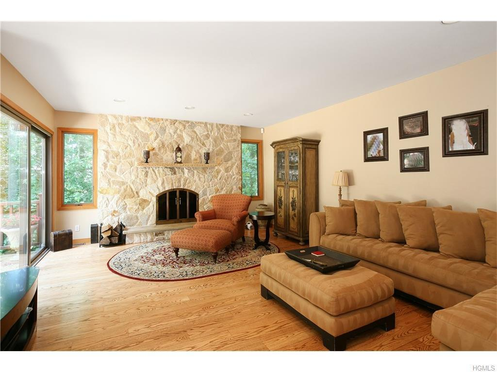 8 Audrey Lane, White Plains, NY, 10605: Photo 6