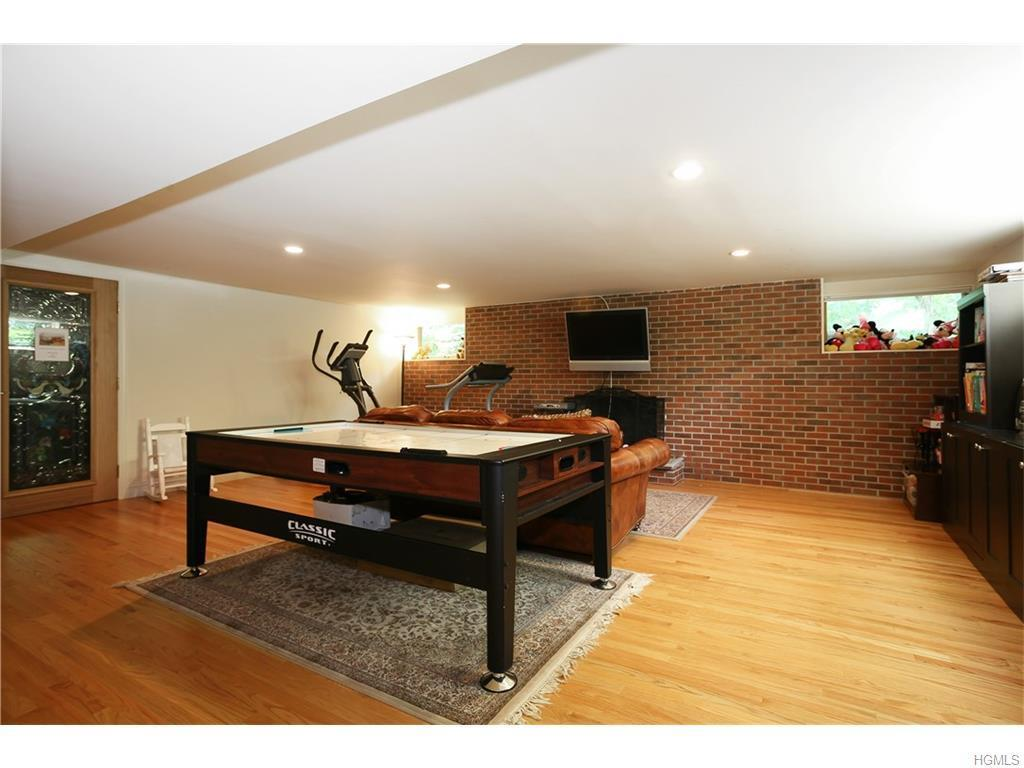 8 Audrey Lane, White Plains, NY, 10605: Photo 20