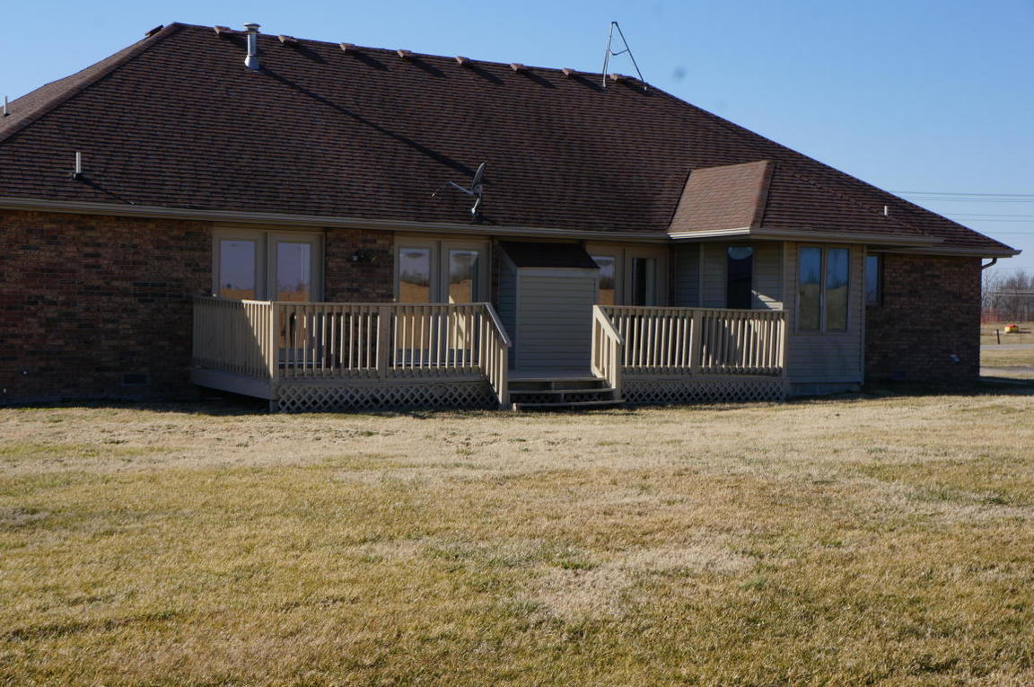 11928 state highway z monett mo 65708 for sale for The family room monett mo