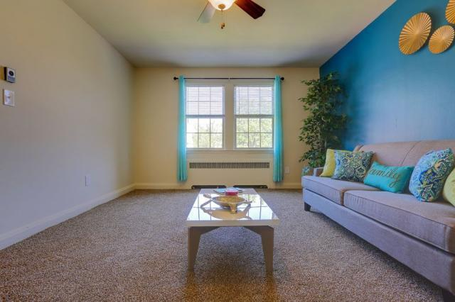 Green Acres Apartments, Baltimore, MD, 21215: Photo 4