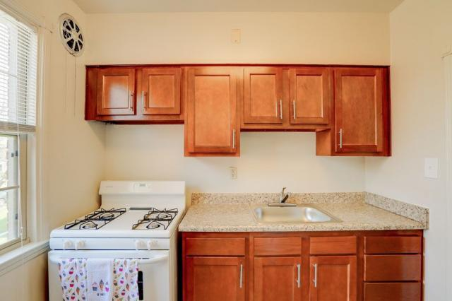 Green Acres Apartments, Baltimore, MD, 21215: Photo 14