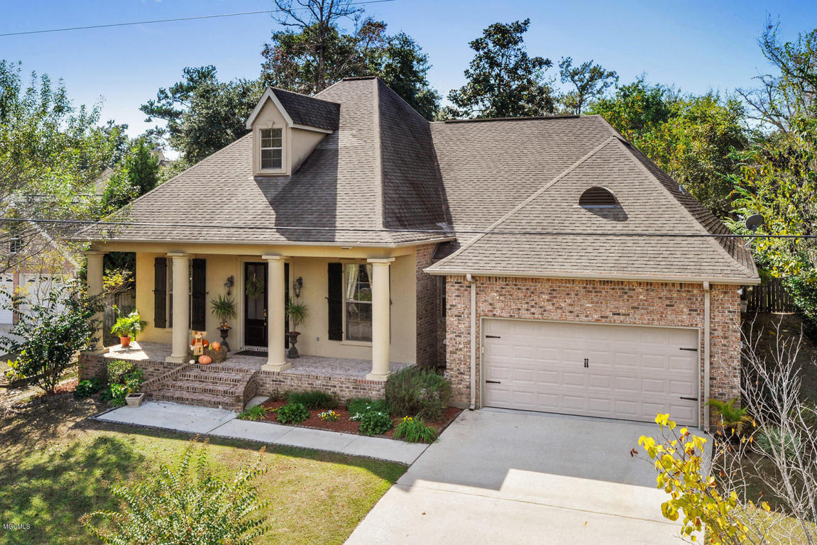 5427 Kaiki Dr Diamondhead Ms For Sale 239 900
