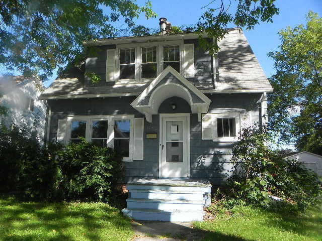 618 fond du lac ave sheboygan falls wi for sale 69 900 for Home builders fond du lac wi