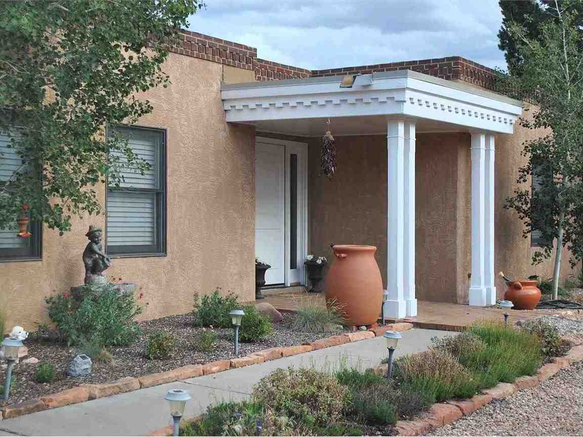 5 Conchas Ct., Santa Fe, NM, 87508 -- Homes For Sale