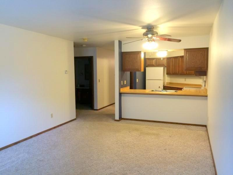 508 S Rochester St D, Mukwonago, WI, 53149 -- Homes For Sale