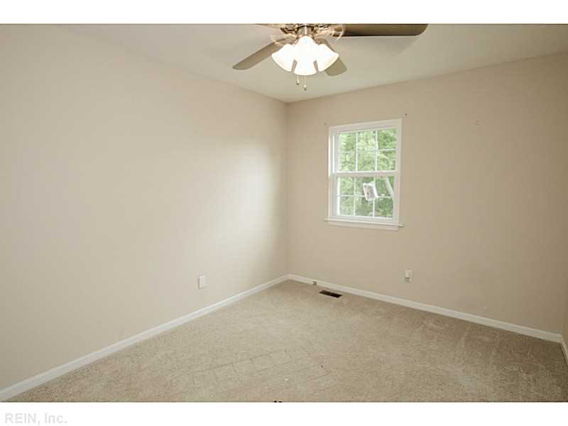 114 Tyburn Ct, Hampton, VA, 23669: Photo 20