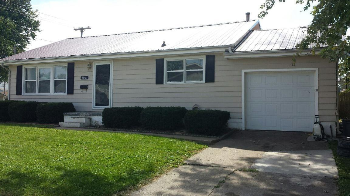 1848 spruce quincy il for sale 89 500