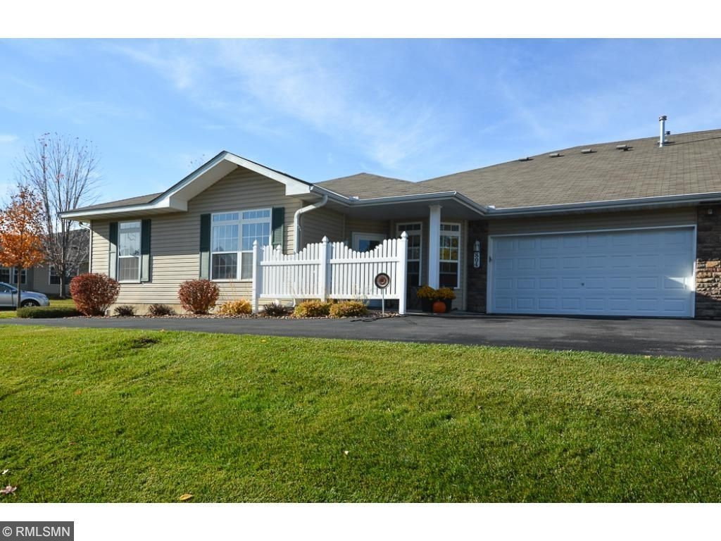 804 roundhouse street shakopee mn for sale 224 900