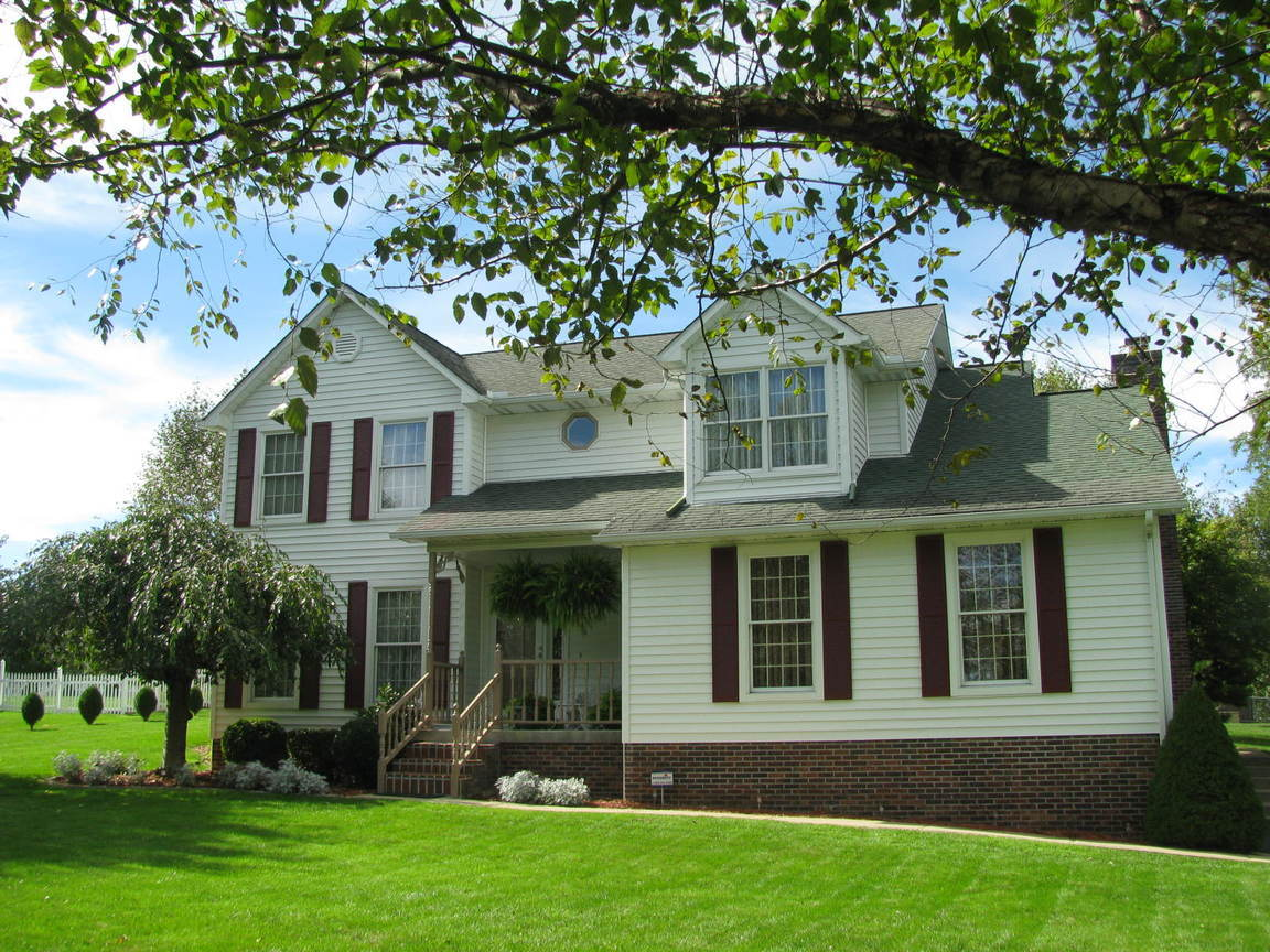 504 quiet oak street beaver wv for sale 264 000 for Home vom