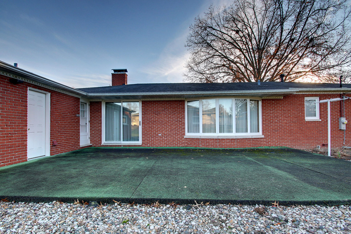 2168 wilmar court quincy il for sale 249 900
