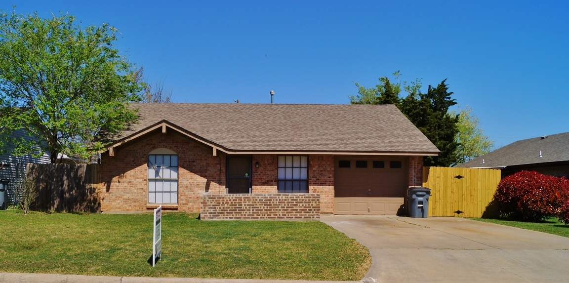 6103 Nw Cherry Ave Lawton Ok For Sale 79 900