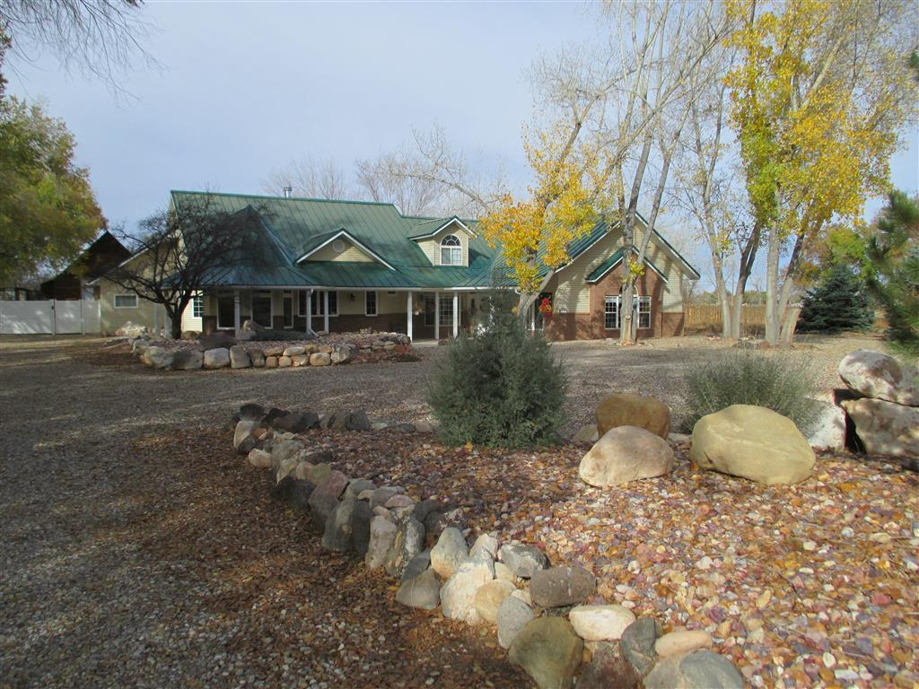 3675 n driftwood ln enoch ut for sale 585 000