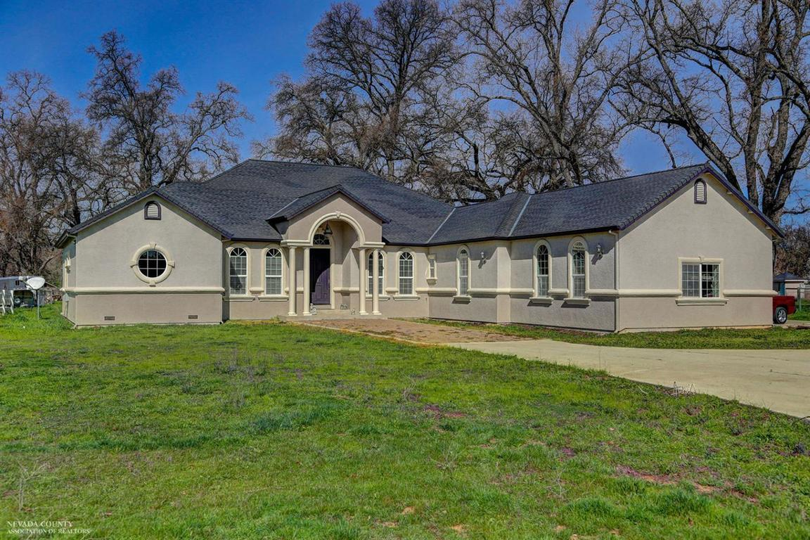 18130 cattle dr rough and ready ca for sale 987 000. Black Bedroom Furniture Sets. Home Design Ideas