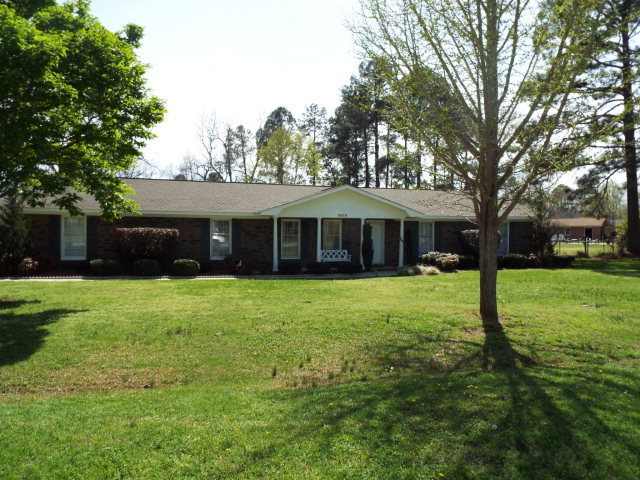 3678 holly pl macon ga for sale 161 500 for Home builders macon ga