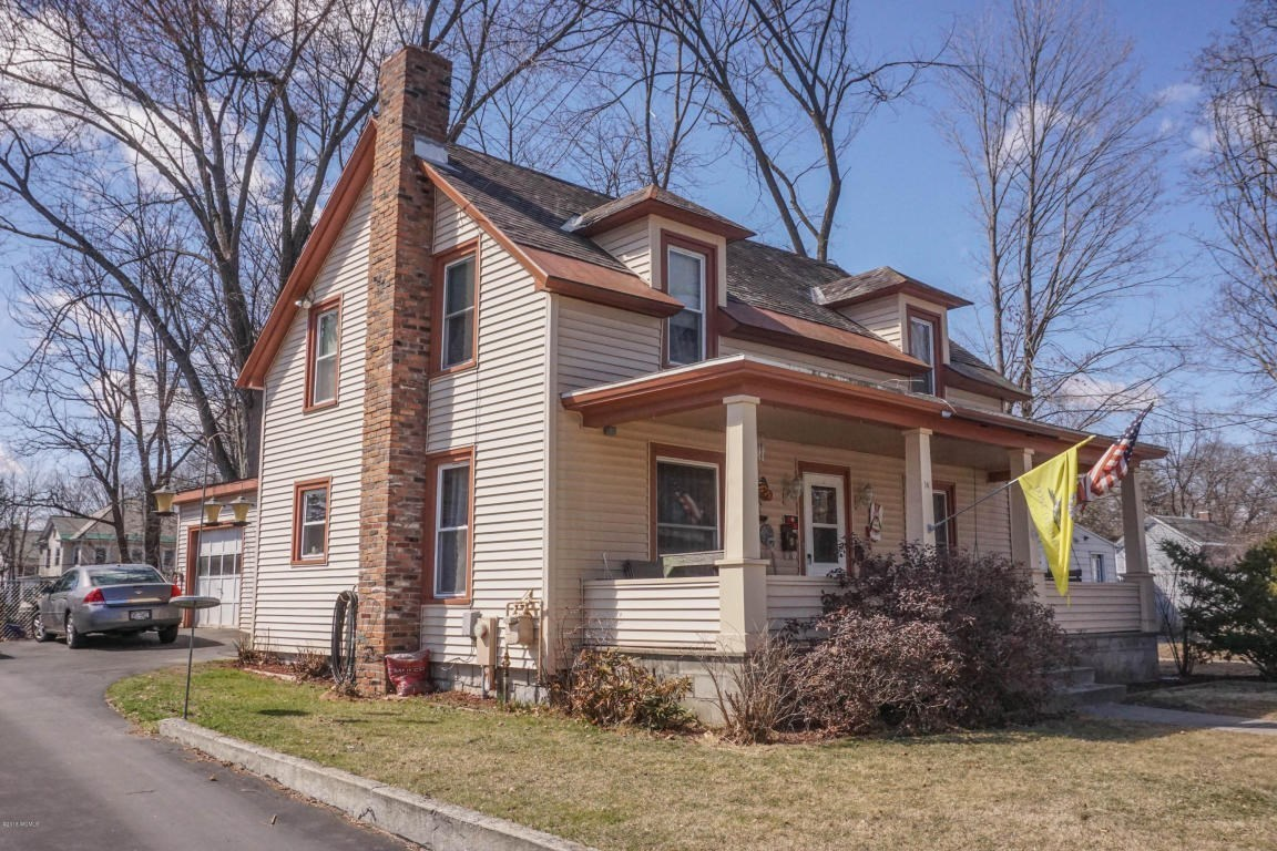 14 ash avenue glens falls ny for sale 124 900
