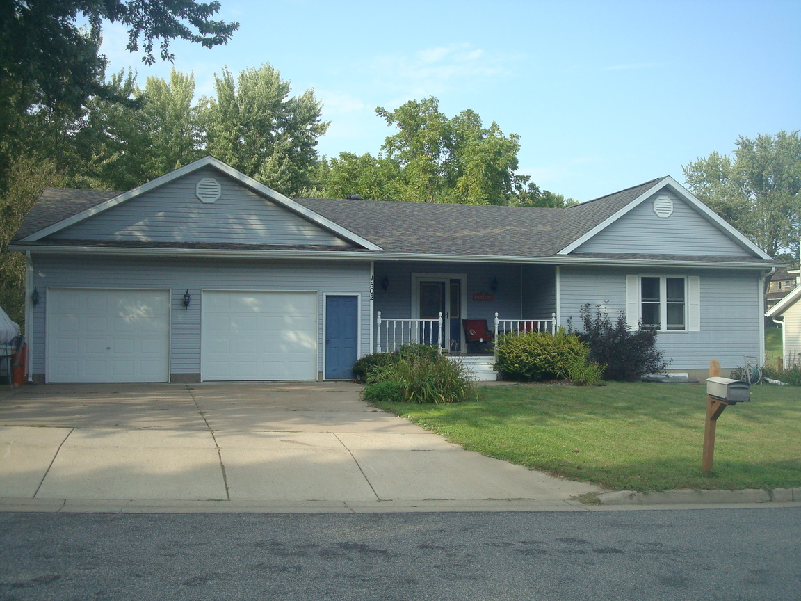 1502 W Mead St Eau Claire Wi For Sale 219 900