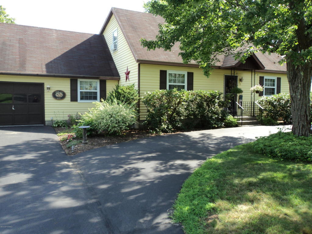 8 colonial court queensbury ny for sale 199 500