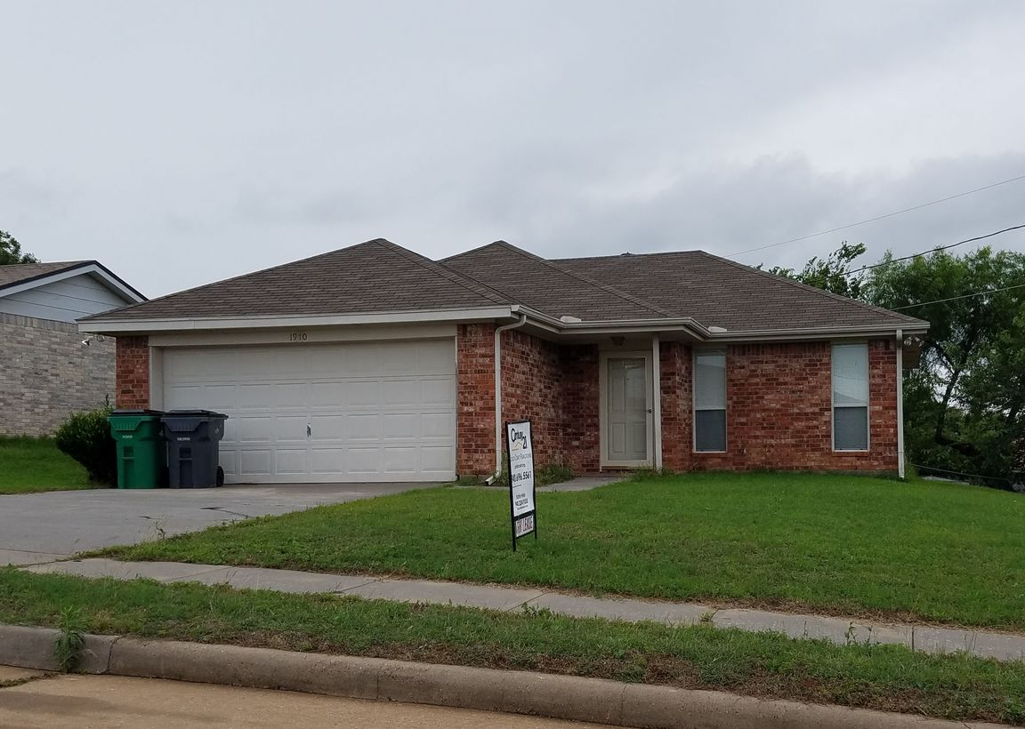 1910 Deer Parkway Wichita Falls Tx For Rent 950