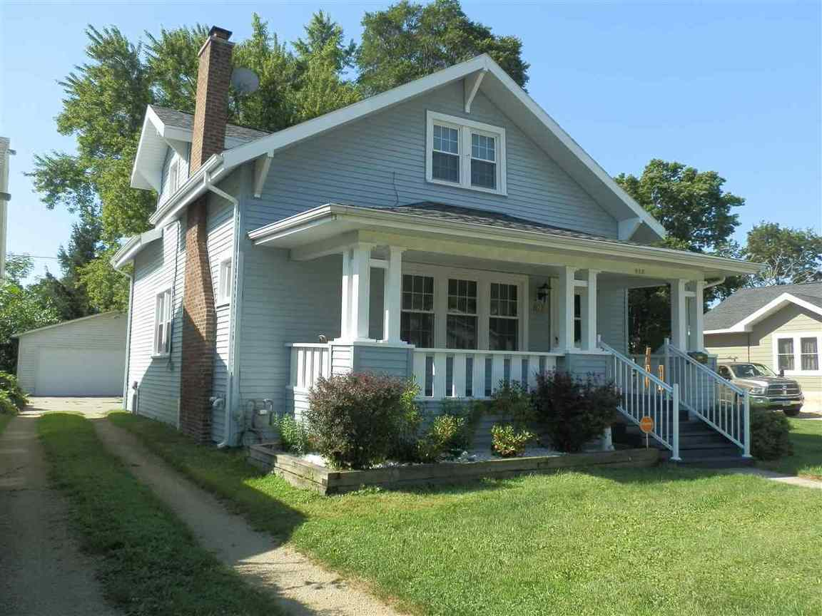 820 benton ave janesville wi for sale 108 000
