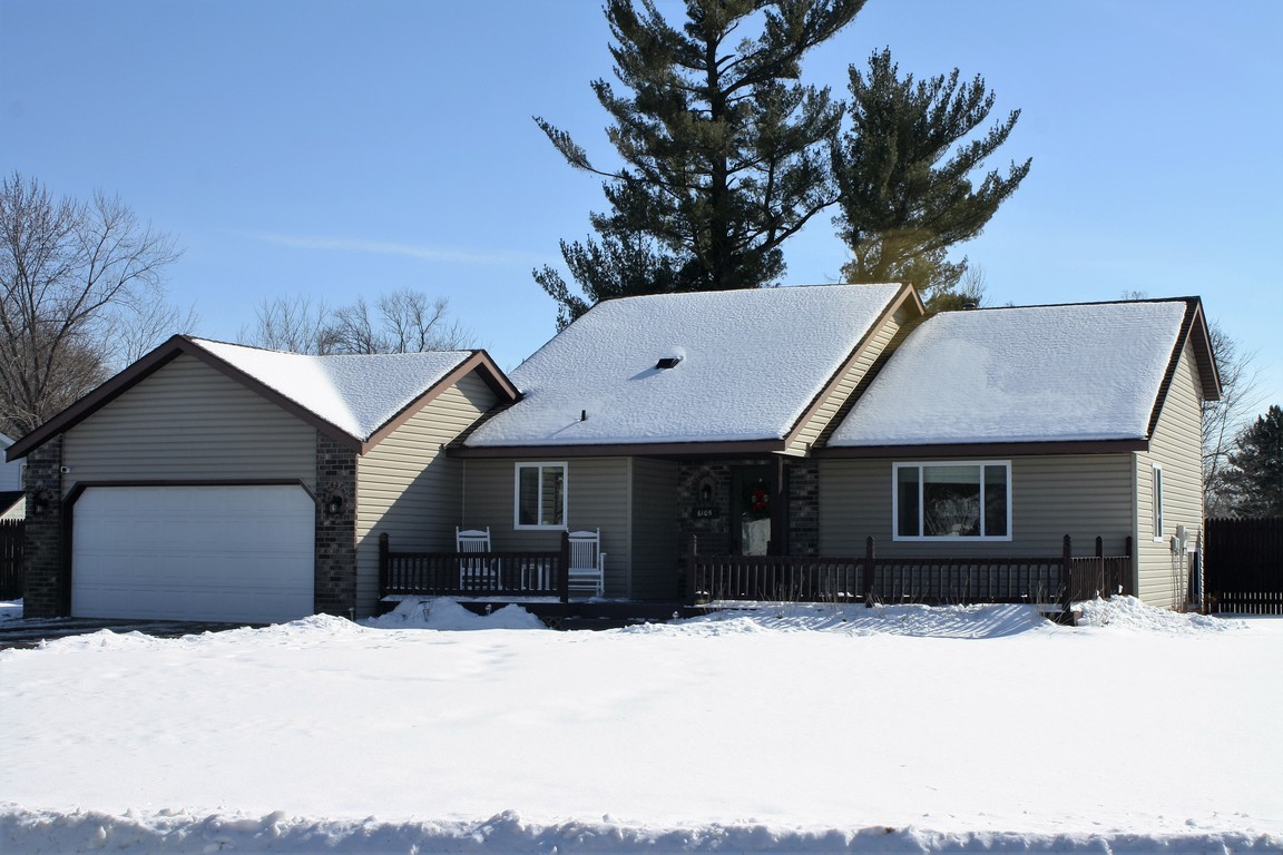 6105 cougar trail north branch mn for sale 174 900